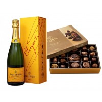 Veuve Clicquot Champagne & Godiva Nut and Caramel 19 pc. Gift Box