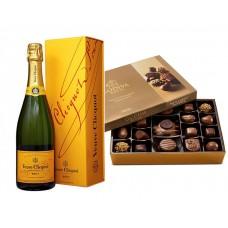 Veuve Clicquot Champagne & Godiva Nut and Caramel 19 pc. Gift Box