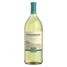 Woodbridge Pinot Grigio by Robert Mondavi 750 ml