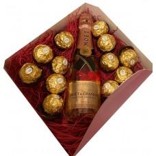 Moet & Chandon Rose Mini with chocolates