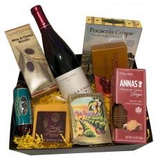 La Crema Pinot Noir Gift Basket